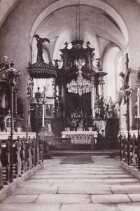 Kostel v Červeném Dřevě