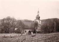 Červené Dřevo - kostel