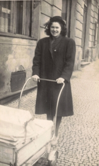 Her mother with Dana in the pram, Prague 1950