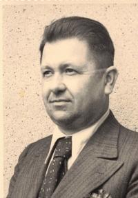 Dědeček Šesták, portrét, Mělník 1950