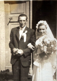 A wedding photograph of the witness (r. 1947)