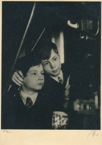 With his brother Eda in 1941 (a photo for 'Dětská neděle' magazine)