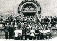 The King George of Poděbrady Central Bohemian College (Středočeská kolej krále Jiřího z Poděbrad), around 1947. Teachers with students. Václav Havel fourth from the left, standing in the first row