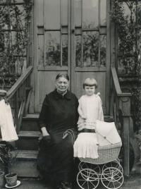 With granny Johnová around 1927-1928