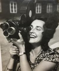 sekretárka na Filmovom ústave v Prahe