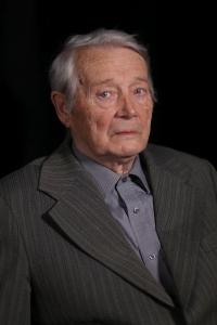 Profesor Bohumil Nuska při natáčení