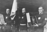Milan Fráňa in the middle during a ceremony at the European basketball championship in 1947