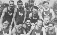 His father, Milan Fráňa, third from the right in the first row, with Sokol Královo Pole basketball team