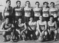 Sokol Brno 1 after winning 1948 tournament in Nice, Milan Fráňa second from the right in the first row