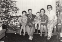 At Christmas with her mother and father's grandparents