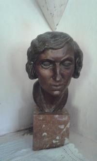 Aurélie Šestáková, busta