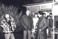 The events after November 1989 in Přibyslav. Pavel Jajtner is turned his back on the photograph. From the photo archive of Ladislav Hladík