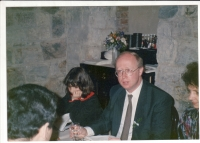 Petr Brod's wedding with Leo Smidova on March 28, 1992. On the left of the witness witness MUDr Marie Koprivova.