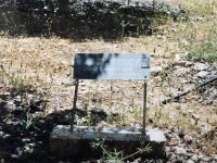 Memorial desk dedicated to the Kacirovci family