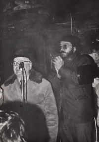 Zdeněk Bárta na demonstraci 24. listopadu 1989, Litoměřice