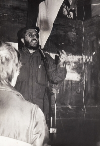 ZB talking at the demonstration on 24 November 1989 in Litoměřice