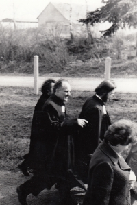 Alfréd Kocáb during an intallation of Zdeněk Bárta a priest in Chotiněves (ZB on right) in 1974