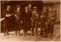 Partyzánská skupina, 1945