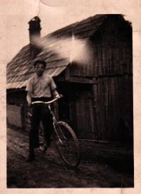 Bratr Boženy Juroškové Jan, Hošťálková, kolem roku 1939