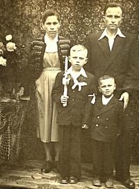 Witness Paulína Dubeňová with her husband Jozef and two sons
