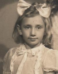 Marie Dočkalová in 1943