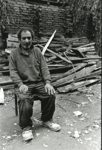 Life in Ostrava Workers' Colonies through the eyes of Jiří Hrdina, 1990s