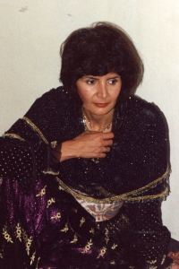 A photo of Mína Norlin at that time from a trip to Kurdistan, summer 1990