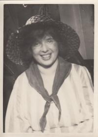 Anna Smržová on a ball of the Umělecká beseda forum, 1930s