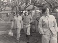 Hana Junová, Michael Clark, head nurse from Maxwell Jones, Lobeč, 1965