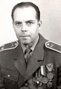 Otto Hlupík, 1975