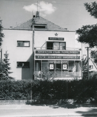 House in Hermelínská street, where the Smrž family lived, early 1950s
