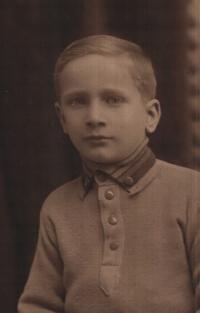 Ján as a kid