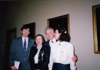 Minister of Health Martin Bojar, Hana Junová, Jaromír Juna, Markéta Junová, World Family Therapy Congress, 1991