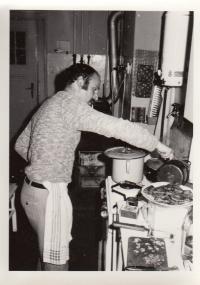 Petr Skoumal cooking
