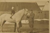 Malý František Humler na koni