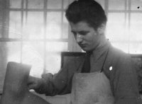 Josef Musil, vyučený švec, Baťova škola práce, Zlín 1945