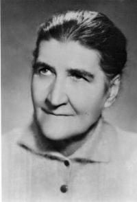Marie Jeziorská, matka Anny Musilové, Brno 1960