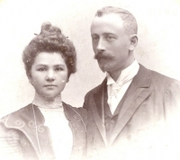Hermína and Max Vohryzek