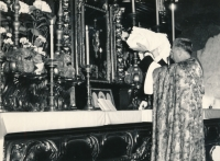 Baptism of Terezie,  Father Reinsberg, Church of Our Lady before Týn, 1961