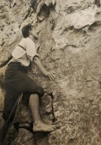 During a climb on Prachov