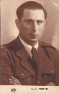 Karel Hahn