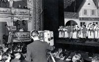 Radio live broadcast of the performance of The Bartered Bride in Ostrava State Theatre in 1956