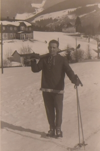 Vasil Timkovic learned to ski as a child in Carpathian Ruthenia