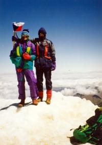 Jiří Kráčalík (vlevo) na marockém vrcholu Jebel Toubkal, kolem roku 2000