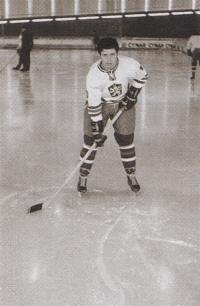 František Kaberle starší jako reprezentant namistrovství Evropy juniorů v Ženevě (27. 12. 1969 – 3. 1. 1970)