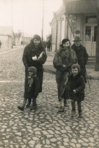 Zdeněk Doležal (in the front left),with his mother Věra behind him, circa 1938, Zdolbuniv