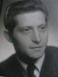 Jiří Lang, dobové foto