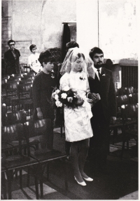 A wedding in the St. Martin´s church in the wall, 1969