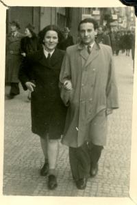 Vladimír s Kitty  v roce 1947 v Praze