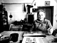 Jarmila Bartošíková při natáčení pro Paměť národa, červen 2020